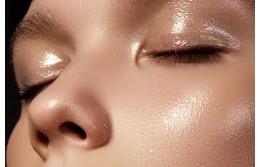 Как выбрать косметику для жирной кожи?